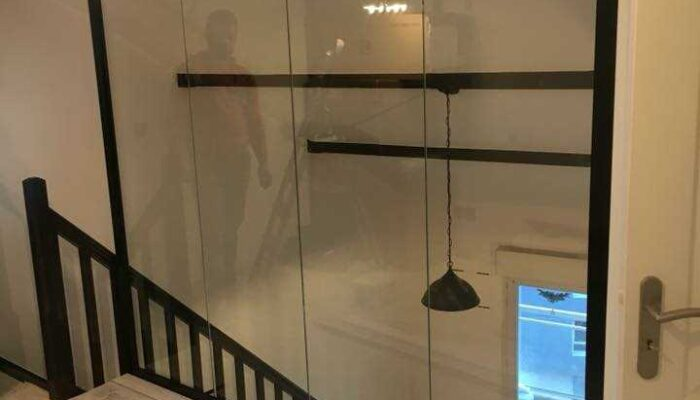 Escalera hecha reformas piso en Barcelona
