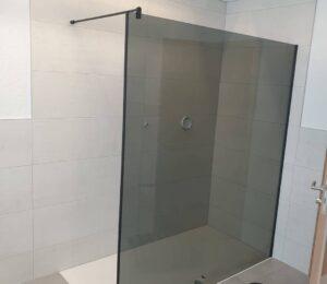Cambiar Plato de ducha y mampara de ducha