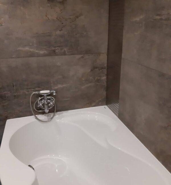 Reforma integrales vivienda Barcelona bañera nueva para reformar baño