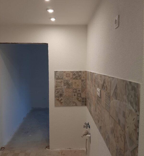 reforma integral vivienda pavimento de suelo y paredes